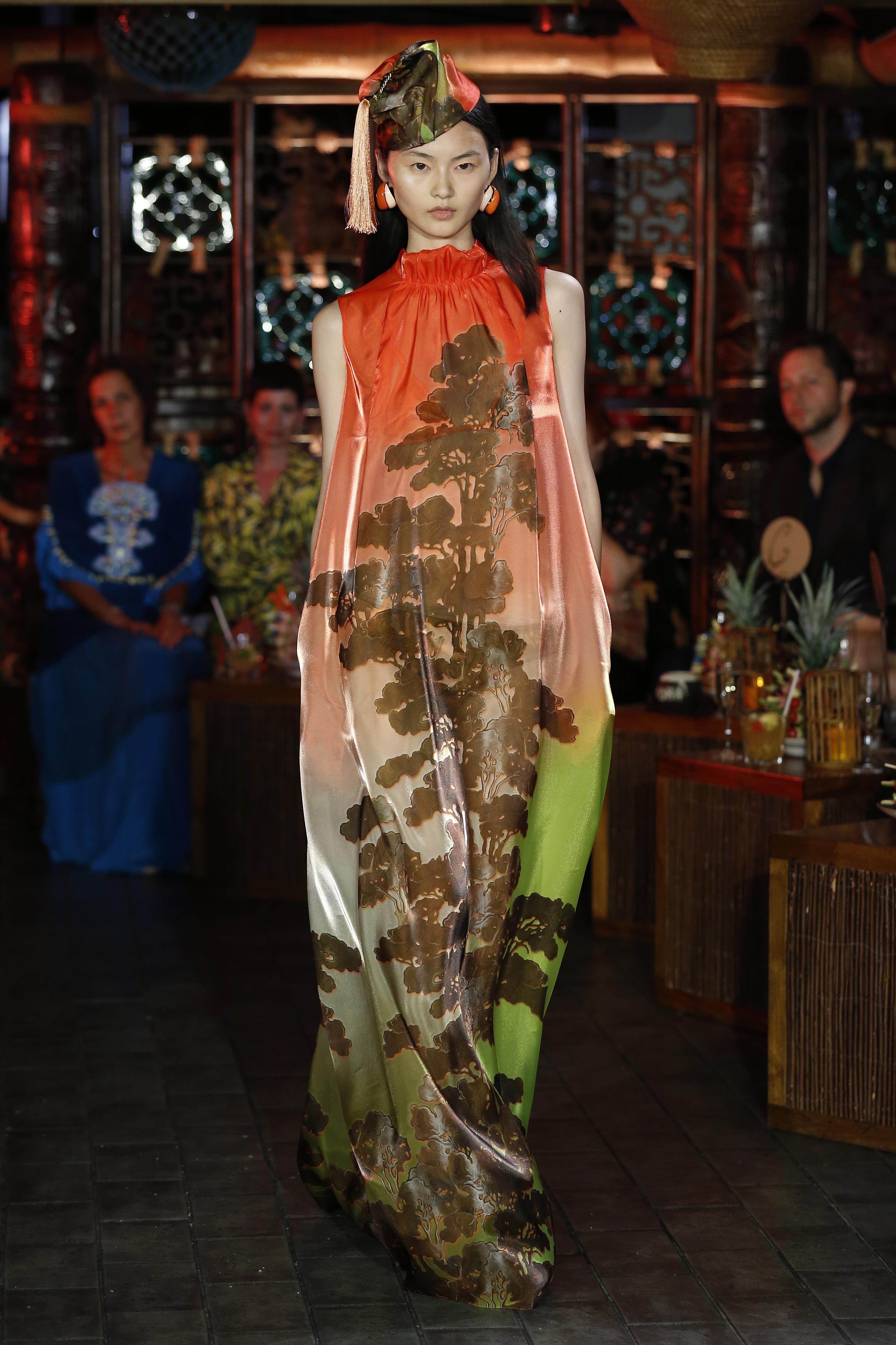 österreichisches Modedesign, Show-off, zeitgenössisches,